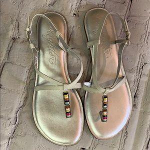 NWT Brighton Oslo Sandals white silver